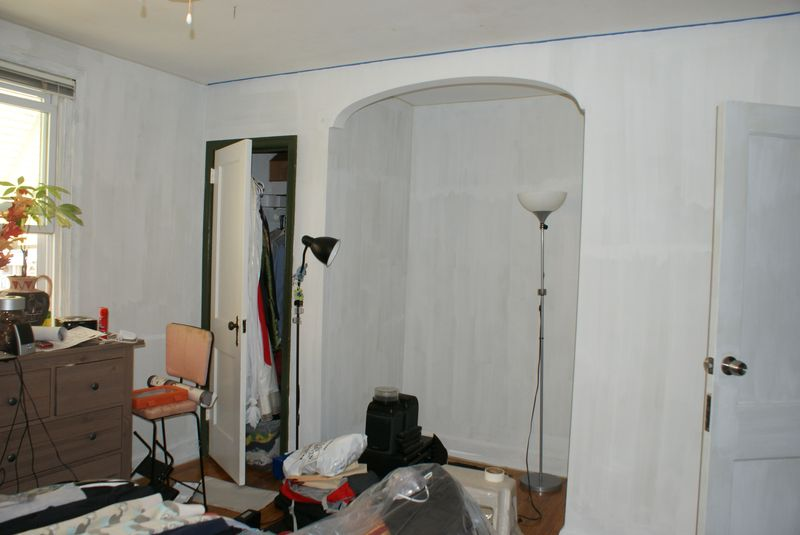Master bedroom primed 1